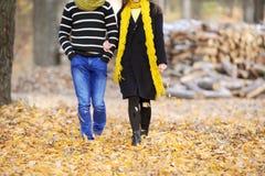 El individuo y la muchacha Foto de archivo libre de regalías