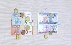 el intercambio euro del cambio de Lits de los litas Lituania 2015 acuña los billetes de banco enero Fotografía de archivo