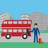 El interfaz del uso para el autobús de Smart del teléfono móvil El hombre de negocios usando smartphone, con los mapas y los usos libre illustration