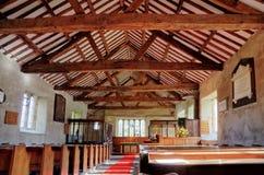 El interior de Cartmel cayó iglesia imagen de archivo