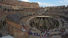 el interior de Colosseum, Roma, Italia, timelapse, enfoca adentro, 4k almacen de video