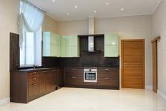El interior de la cocina Fotos de archivo