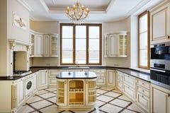 El interior de la cocina Foto de archivo