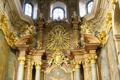 El interior de la iglesia de la jesuita se dedica al Sts Peter y Paul Foto de archivo libre de regalías