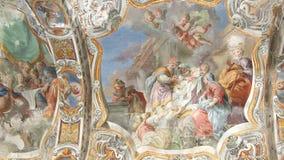 El interior de la iglesia de St Mary, Palermo, Sicilia, Italia Ken quema efecto almacen de video