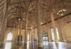 El interior de Llotja de la Seda en Valencia Imagenes de archivo