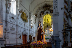 El interior de Nossa Senhora hace la iglesia de Carmen - sao Joao Del Rei, Minas Gerais, el Brasil Imagen de archivo libre de regalías