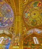 El interior de oro de la catedral de Vank en Isfahán, Irán Imagen de archivo
