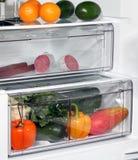 El interior de refrigeradores. Foto de archivo libre de regalías