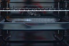 El interior de un horno de la estufa foto de archivo