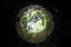 El interior de una torre destechada foto de archivo