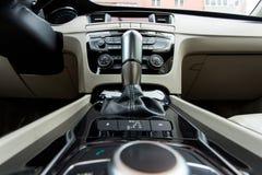 El interior del coche en colores brillantes Imagen de archivo libre de regalías