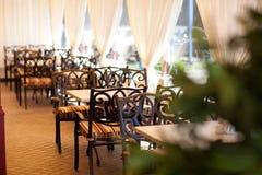 El interior del restaurante foto de archivo