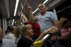 El interior del tren subterráneo en Sevilla 1 imagenes de archivo