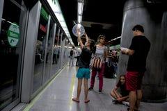 El interior del tren subterráneo en Sevilla 2 imagen de archivo libre de regalías