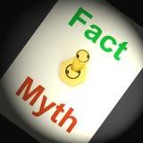 El interruptor del mito del hecho muestra respuestas honestas correctas Fotografía de archivo