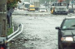 El inundar en la ciudad Fotografía de archivo