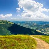 El ir abajo de la colina Fotos de archivo libres de regalías