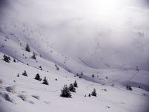 El ir abajo de la montaña Foto de archivo libre de regalías