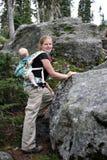 El ir de excursión de la madre y del niño Imagen de archivo