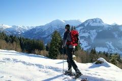 El ir de excursión del zapato de la nieve Fotografía de archivo