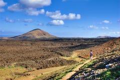 El ir de excursión en Lanzarote fotografía de archivo libre de regalías