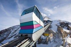 El ir funicular al pico de Kitzsteinhorn Foto de archivo