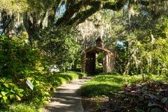 El jardín de los niños, jardines de Brookgreen, isla de Pawleys, Carolina del Sur fotos de archivo
