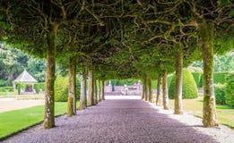 El jardín del castillo de Glamis, en Angus, Escocia fotografía de archivo libre de regalías