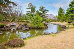 El jardín japonés conmemorativo de Fujita en Hirosaki, Japón imagen de archivo libre de regalías