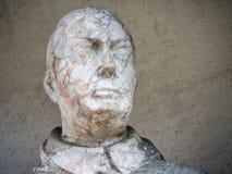 El jefe de una estatua vieja imagen de archivo