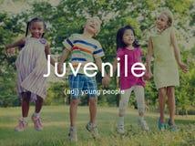 El joven embroma concepto de los jóvenes de los niños de la juventud Fotos de archivo libres de regalías