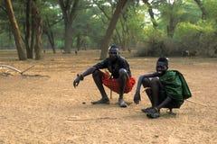 El joven shepherds Turkana (Kenia) imagenes de archivo