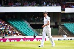 El jugador de criquet inglés Kevin Pietersen camina en el SCG Imagen de archivo