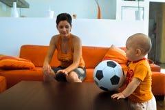 El jugador de fútbol más joven foto de archivo libre de regalías