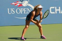 El jugador de tenis profesional Daria Gavrilova de Australia practica para el US Open 2016 foto de archivo