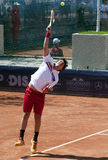 El jugador de tenis sirvió un ball-4 Imagen de archivo