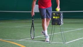 El jugador de tenis va adelante almacen de metraje de vídeo