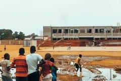 El jugar angolano de los niños Imagen de archivo libre de regalías
