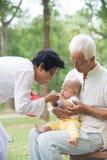 El jugar asiático del abuelo Fotografía de archivo