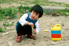 El jugar chino de los niños. Foto de archivo