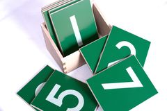 El jugar con dimensiones de una variable Imágenes de archivo libres de regalías