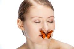 El jugar con la mariposa Fotografía de archivo libre de regalías