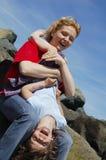 El jugar de la momia y de la hija Fotos de archivo