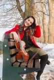 El jugar de la muchacha violine Imágenes de archivo libres de regalías
