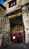 El jugar de los monjes fotografía de archivo