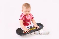 El jugar del niño Imagen de archivo