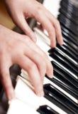 El jugar del piano Fotos de archivo