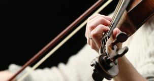 El jugar del violinista - primer de sus manos metrajes