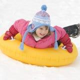 El jugar en nieve Fotografía de archivo libre de regalías